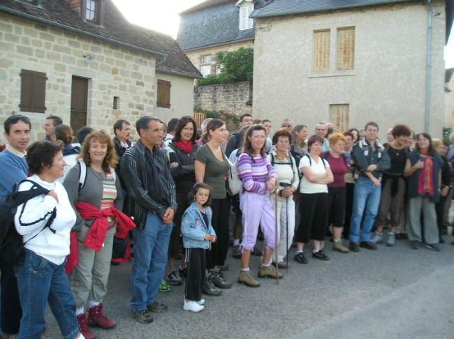 70 randonneurs au départ Place de la Barbacane