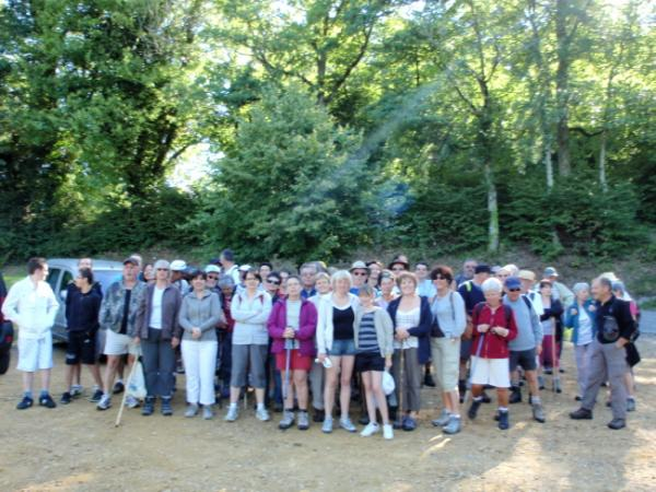 le groupe au départ de la Maison des Monédières à Chaumeil