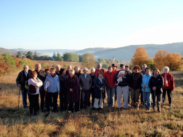 le groupe au départ du château d`eau de Belcastel